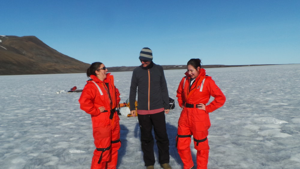 Paschale Bégin, Myriam Labbé and Alex Culley discussing who will float and who will sink if the ice cracks