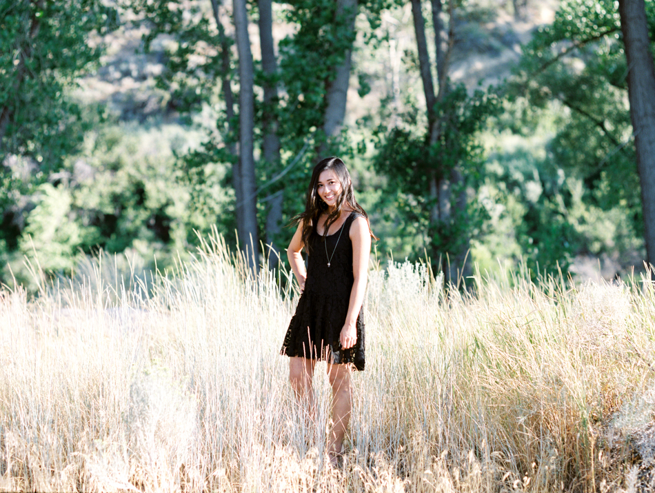 170812_LisaLPortraitsFilmFuji400H_MTalaveraPhoto Blog-7.jpg