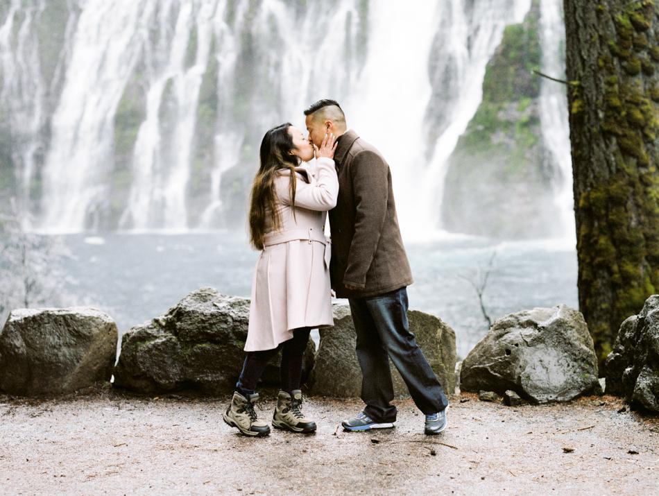 171223_Elaine&NhinEngmt_MTalaveraPhoto_Blog-15.jpg