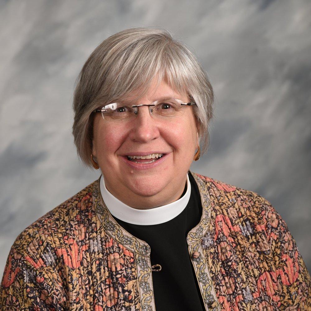 Reverend   Lisa Hunt     Rector