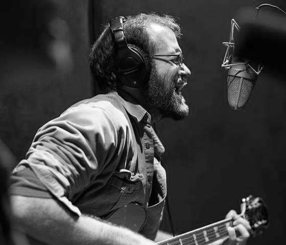 CALEB WILLITZ VOCALS & GUITAR