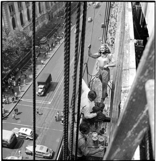 creating-a-billboard-for-peter-pan-bras-1947-1.jpg
