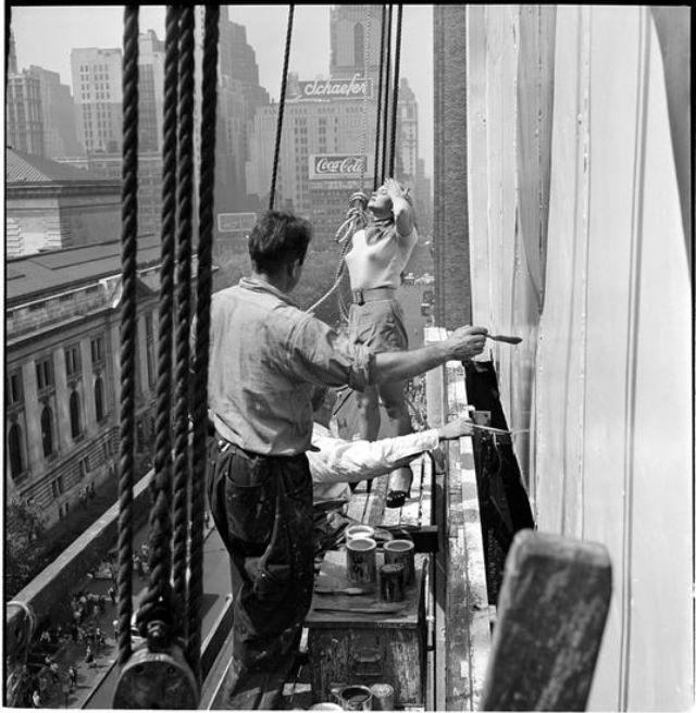 creating-a-billboard-for-peter-pan-bras-1947-2.jpg