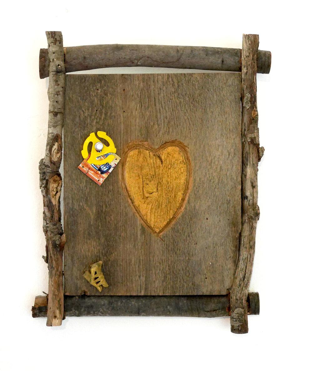 Gold heart 7-4-2500px.jpg