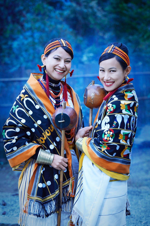 tribal-performance-tetse-sisters-26_highres - profile.jpg