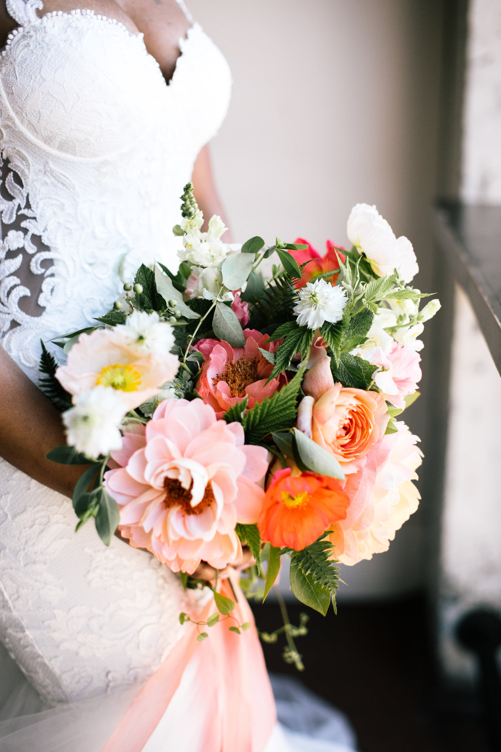 At first glance at this bouquet, what do you see? Gorgeous blooms, right? There's something extra special about this one though—it's got paper flowers, too!!!      Click to read more