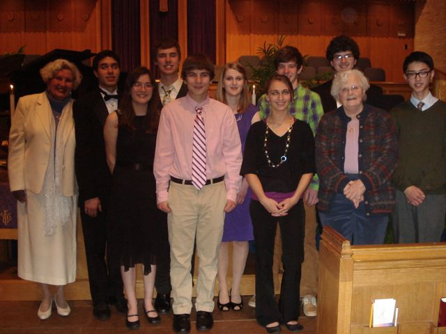 From left to right: Beth Long,  scholarship chairperson ; Aaron Hairston,  Admiral Vance & Charlynne Fry Merit ; Hannah Kuhn,  Fletcher Bright Strings ; Wesley Carroll,  Dr. Hilda & Andres Alisago Jr. & Friends ; Hollis Neel,  Dorothy Price Cobb Martin Memorial ; Hannah Porter,  Dorothy Price Cobb Martin Memorial ; Abigail Hinchman,  Chattanooga Music Club ; Aaron Smith,  Opal Rhea Swaity Memorial ; John Burton,  Chattanooga Music Club ; Jeannette Martin,  CMC president ; Jonathan Lau,  Chattanooga Music Club