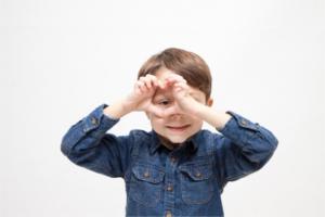 子供の英会話の表現を豊かにしてくれるボディランゲージ