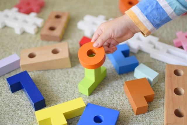 幼児の関心を掴む!色を使った英語教育