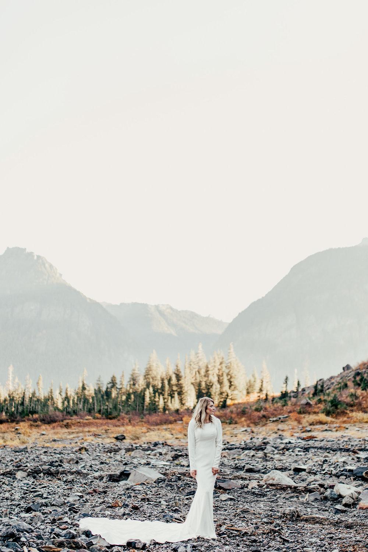 granitefallsicecave_pnw_elopement_wedding_destinationwedding-6.jpg