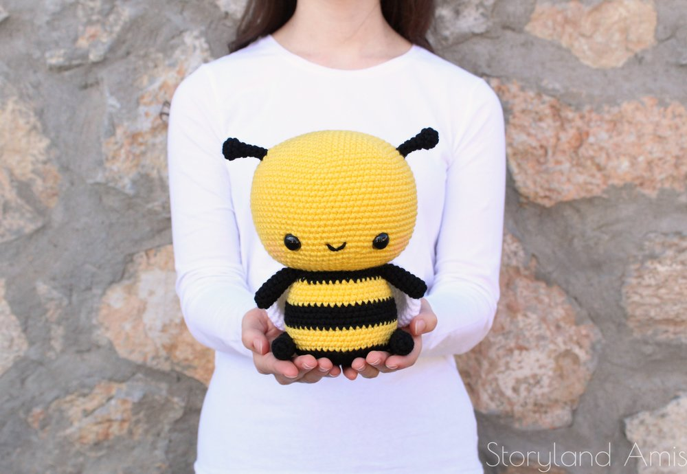 Burt the Cuddle Sized Bumble Bee.jpg