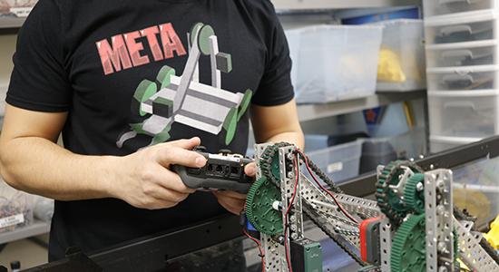 META Robotics Shirt |  thatstemclass.com