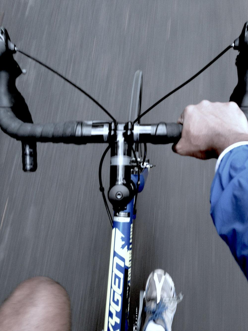 BikingSingleHandedly