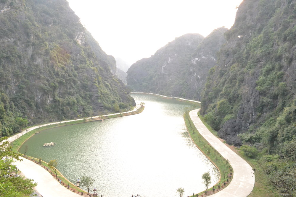 Am Tien Cave or Tuyet Tinh Coc