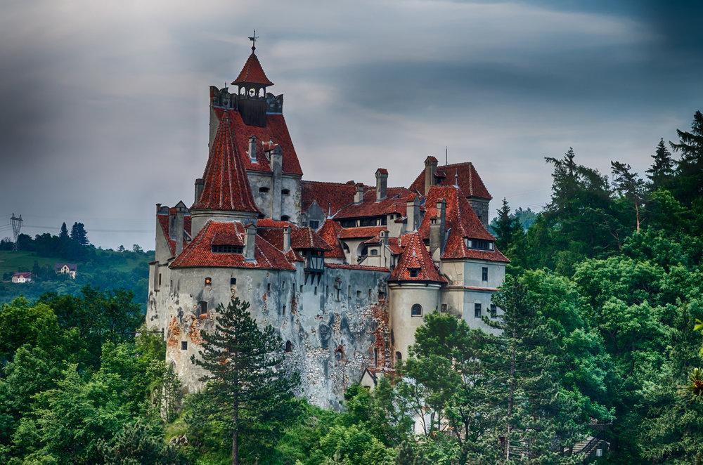 Bran Castle Dracula's Castle.jpg