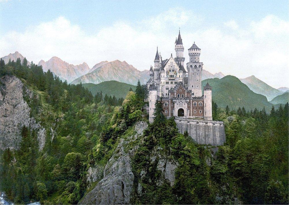 10 Fairytale Castles in Europe.jpg