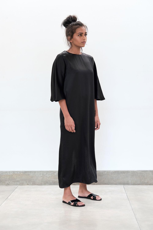 Yaara-Gown---black.jpg