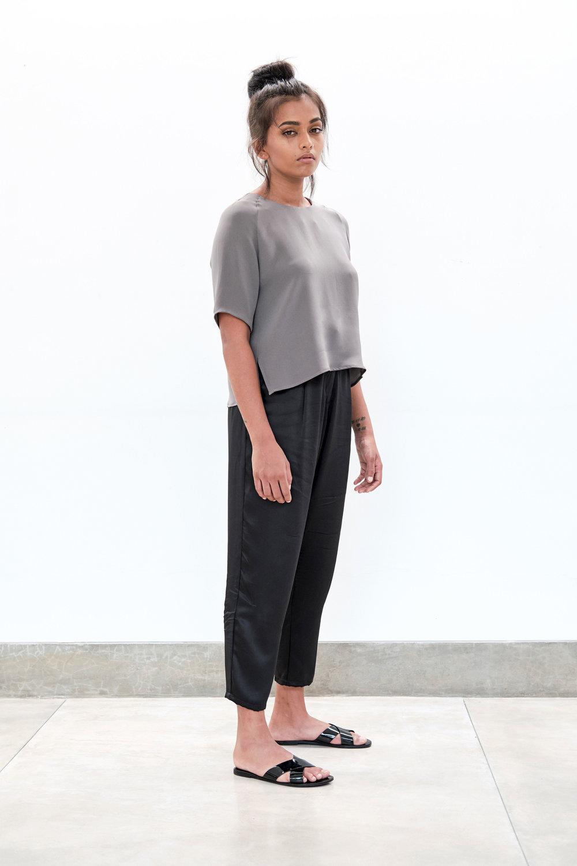 Yaara-blouse---Fossil.jpg