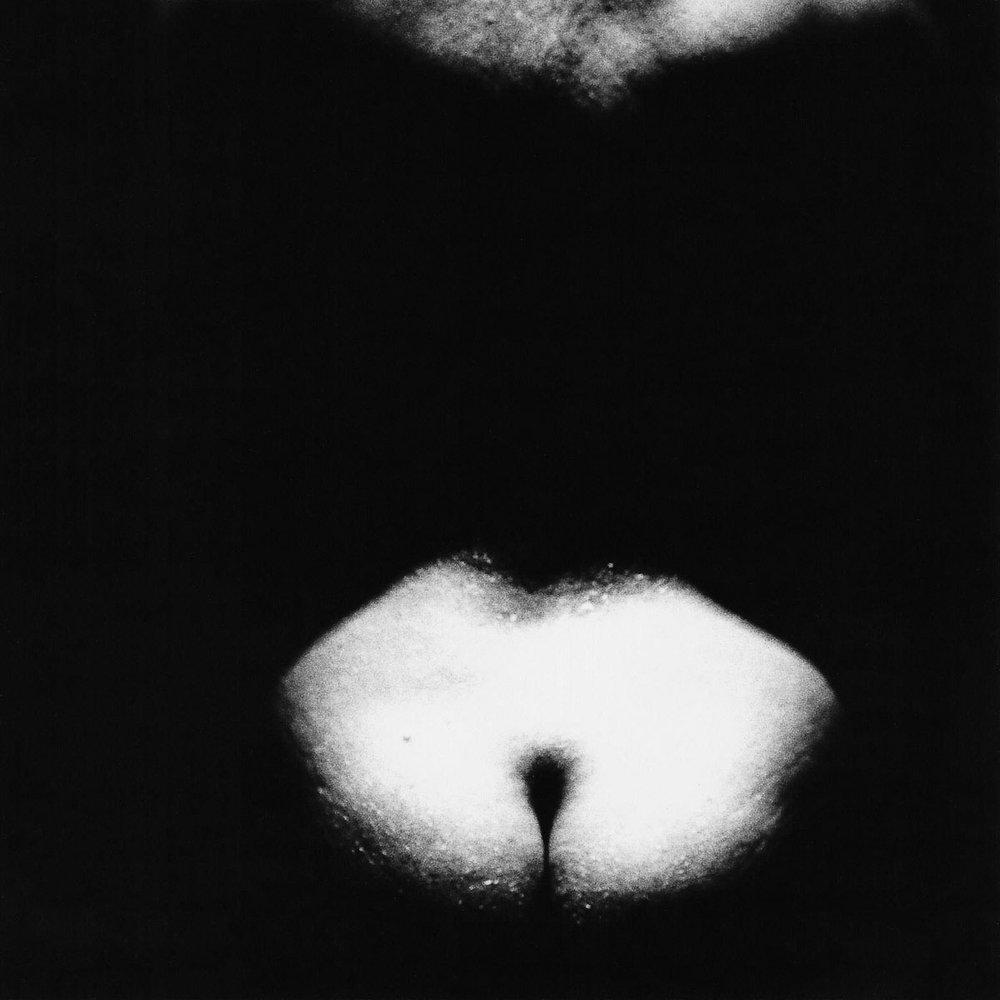 Adrienne van Eekelen _ 15 ZWANGERE RUGGEN PREGNANT BACKS _ Bevrucht Naakt Fertilized Nude INNERSPACE Marcella VEA00003B00002 8.jpg