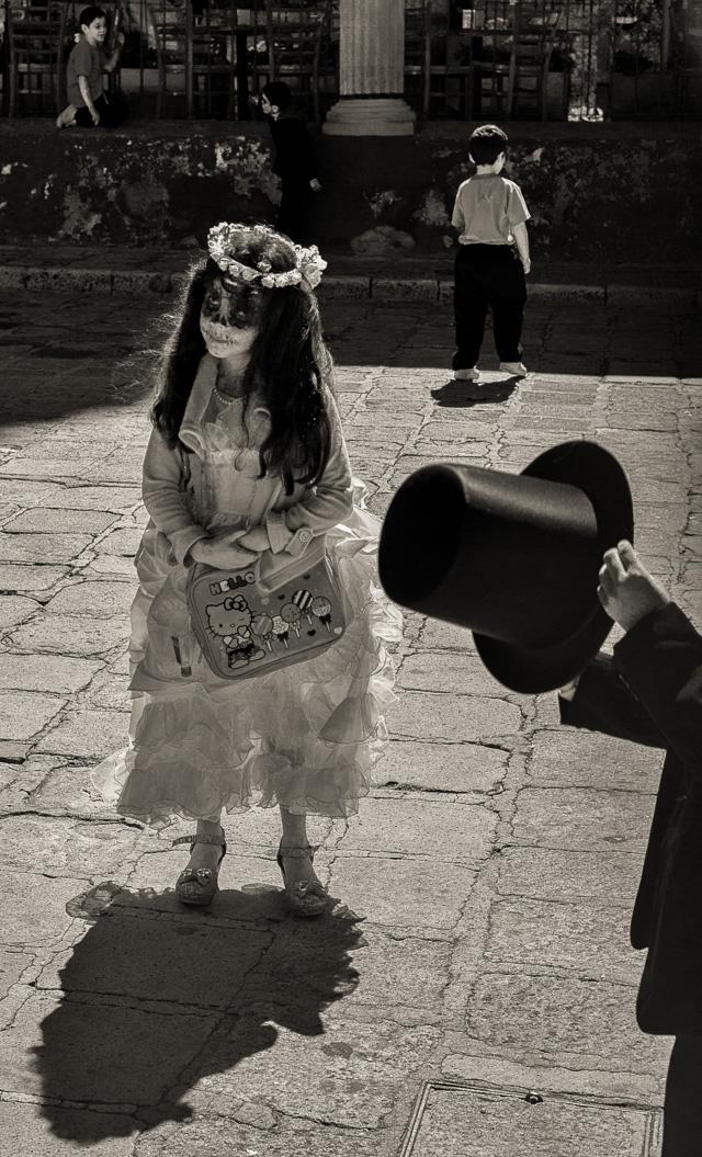 Marella Oppenheim _ San Miguel de Alllende black and white _ 1.jpg