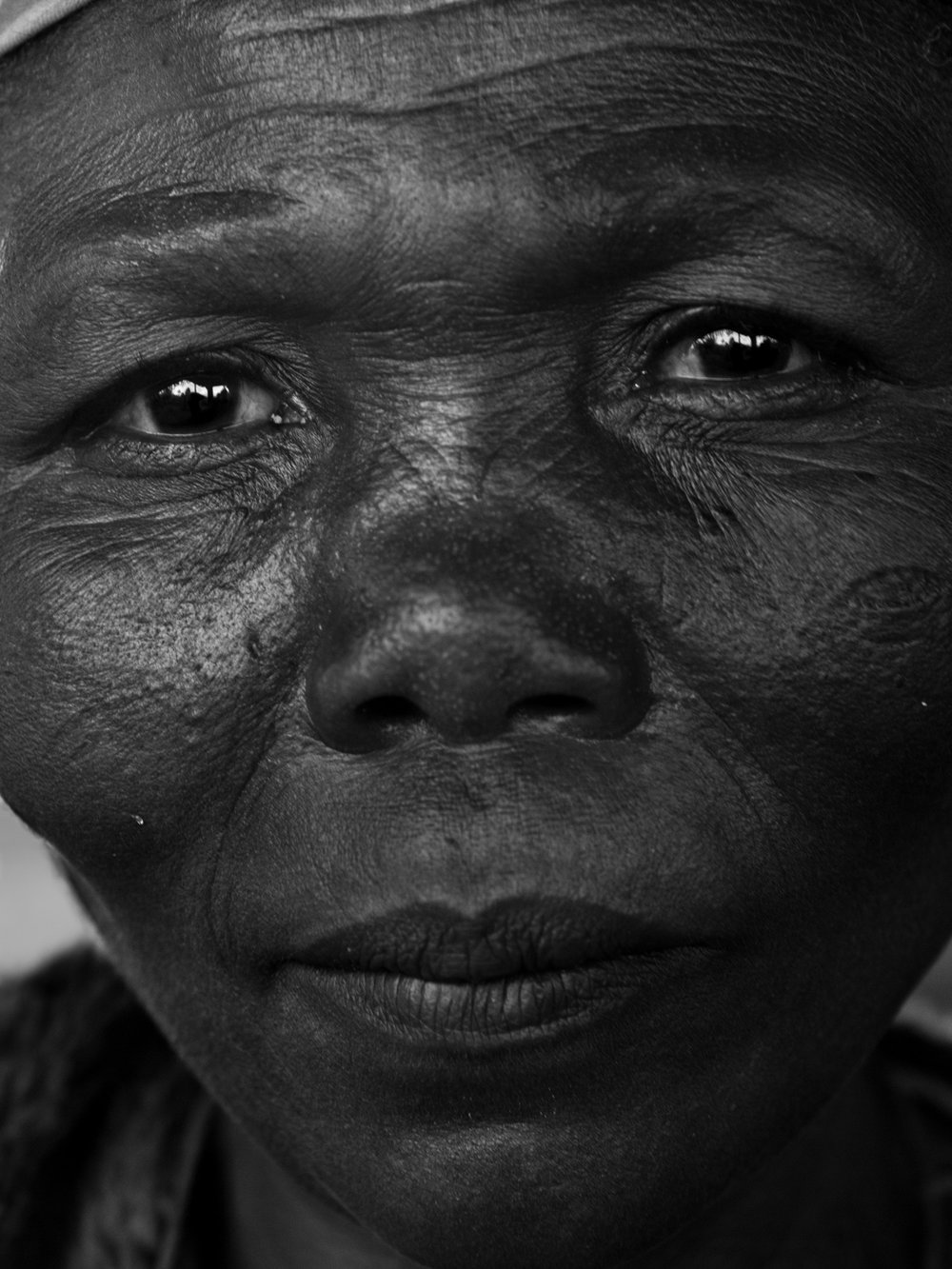 Emiliano Tidona_Series Nord Kivu Portraits_Untitled 5.jpg