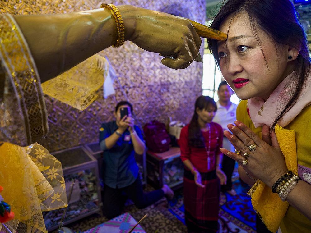 Jack Kurtz_Buddhist Worship and Prayer in Yangon.jpg