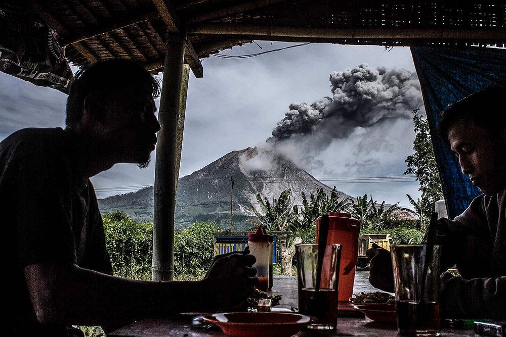 Ivan Damanik_Sinabung Volcano Eruption Indonesia_06.jpg
