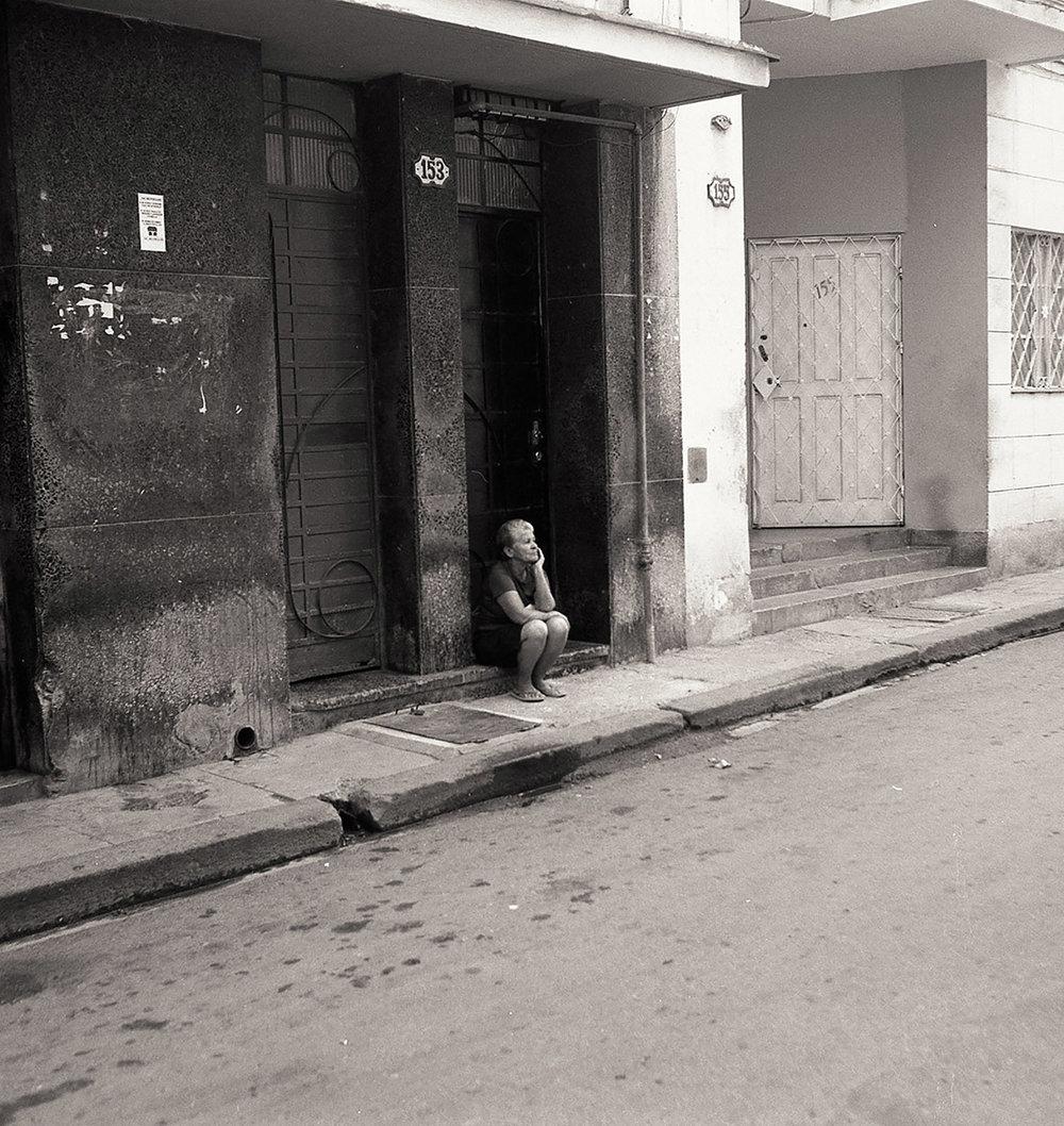 Dida_Kutz_Perched_Woman_Cuba.jpg