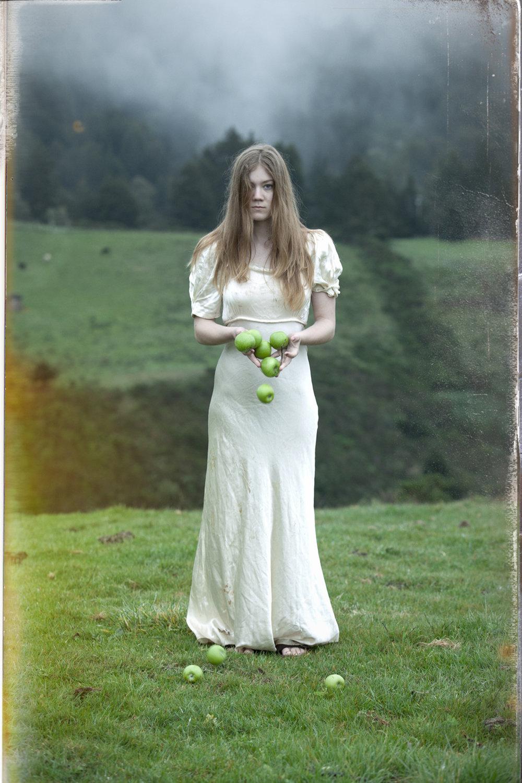 Susan_Friedman_The edge of forever_Thyra.jpg