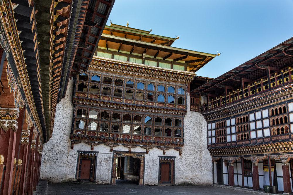 Martine_Michaud_Bhutan_Architecture_AdministrativeBuilding_2.jpg