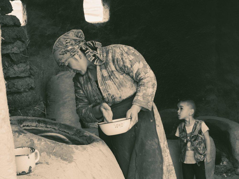 Ilya_Trofimenko_UzbekistanTheBread_Untitled_4.jpg