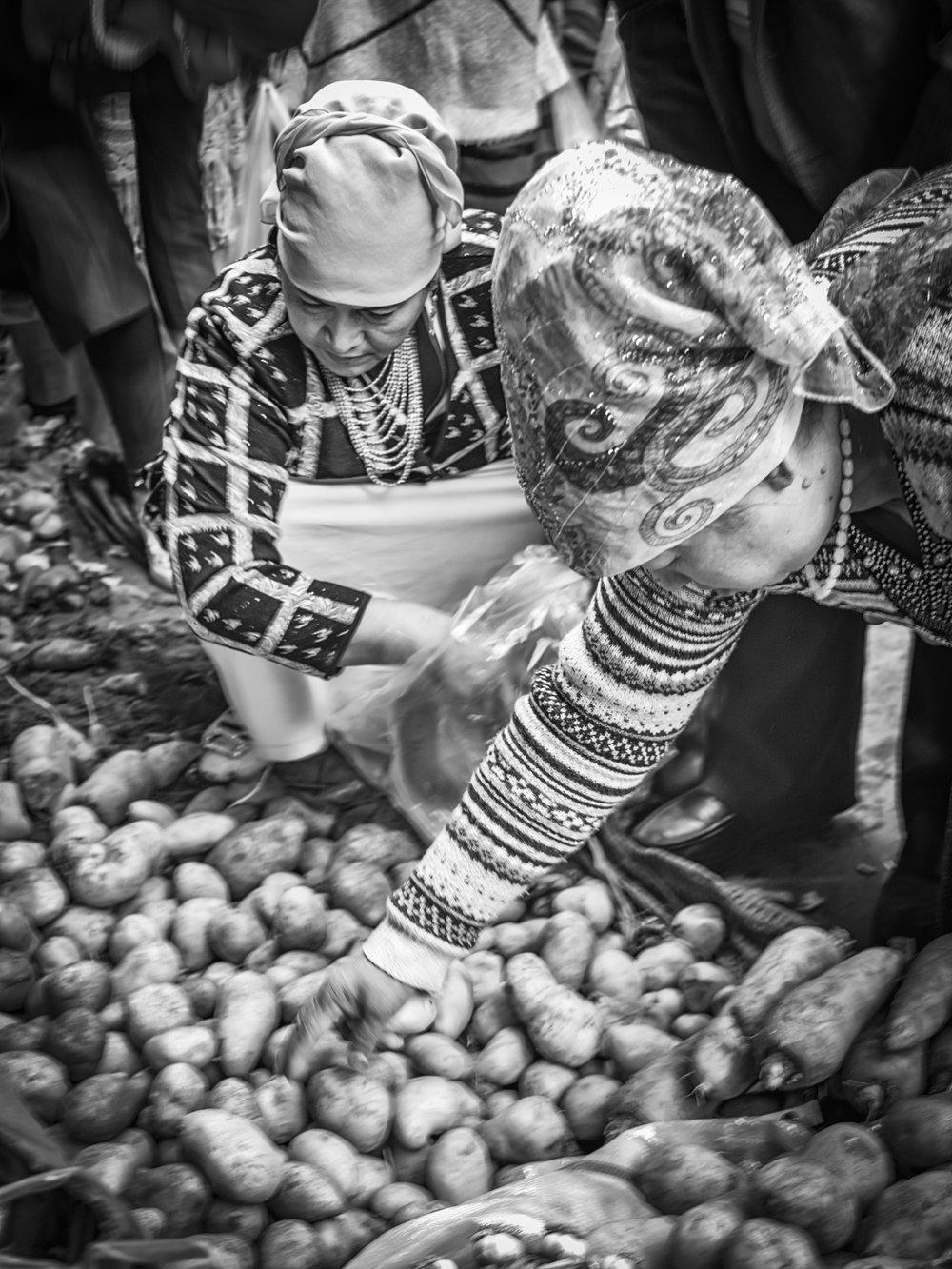 John_Eaton_Street Market Kashgar-6.jpg