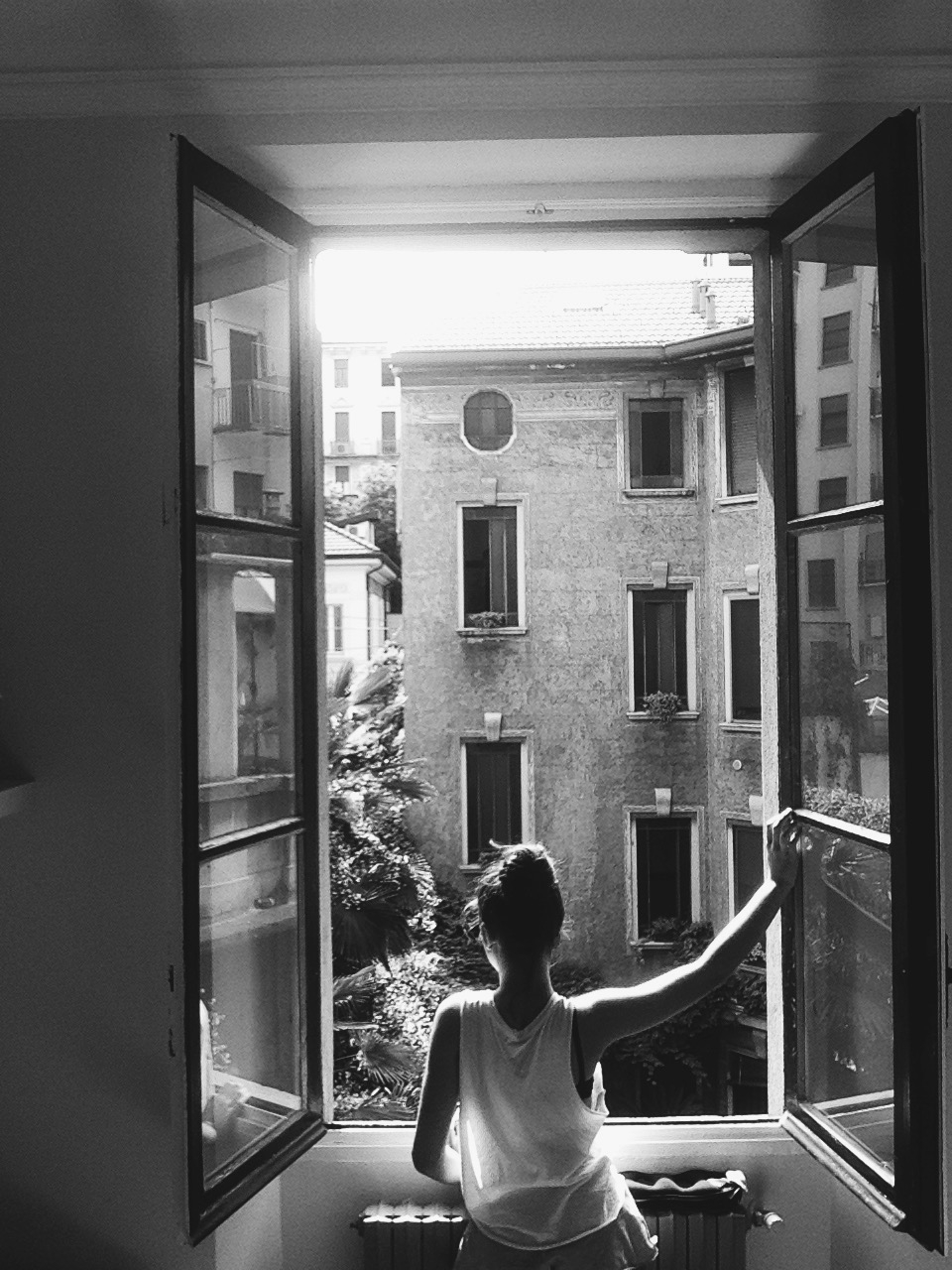 44_Elena_Cavallaro_Bullejos_Photo_1_Thinking about future.jpg