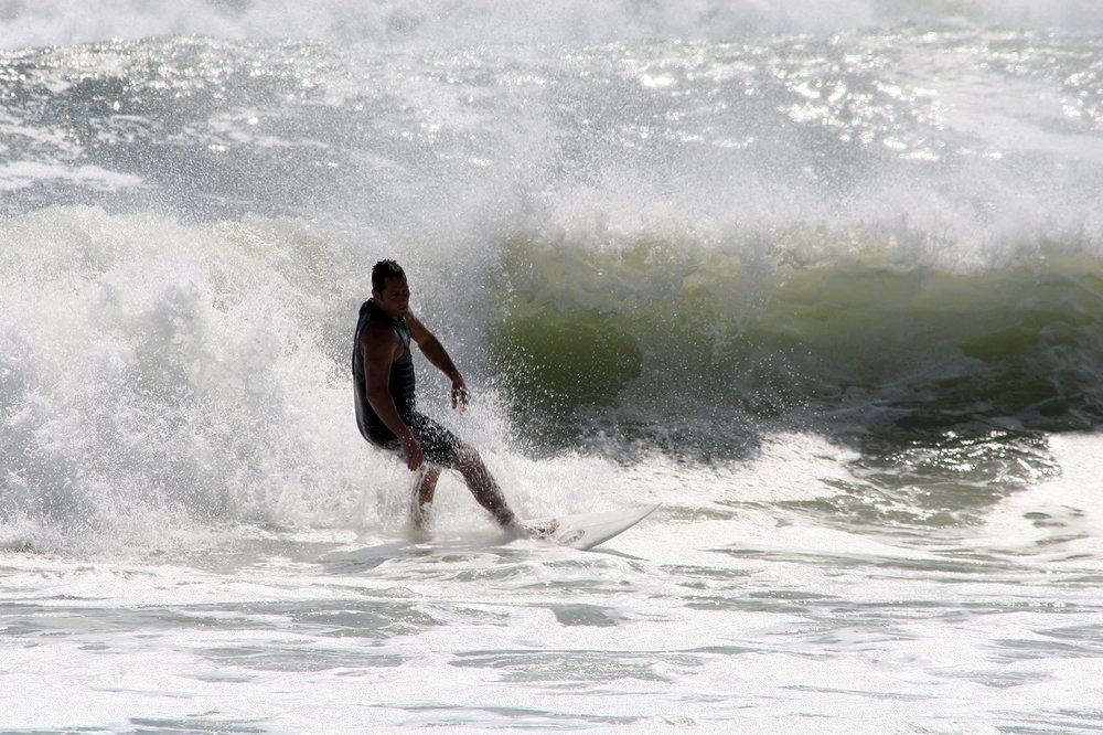 Mia_Wisnoski_Surfing in te USA_In the Wash_6.jpg