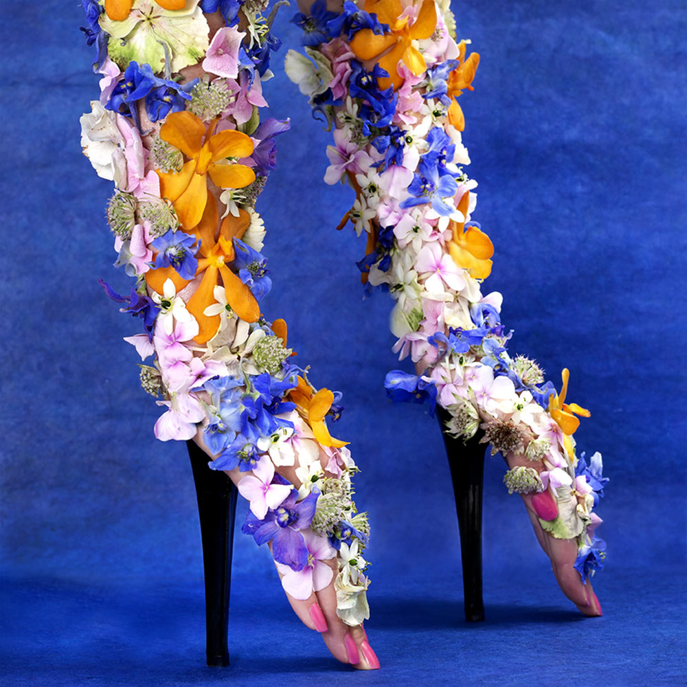 Aardenburg & De Vries_Hot on Heels_Fabulous Flowers_a.jpg