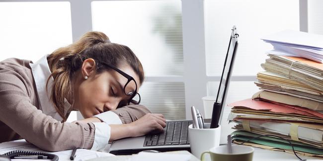 stres-pekerjaan-kantor-vemale.jpg