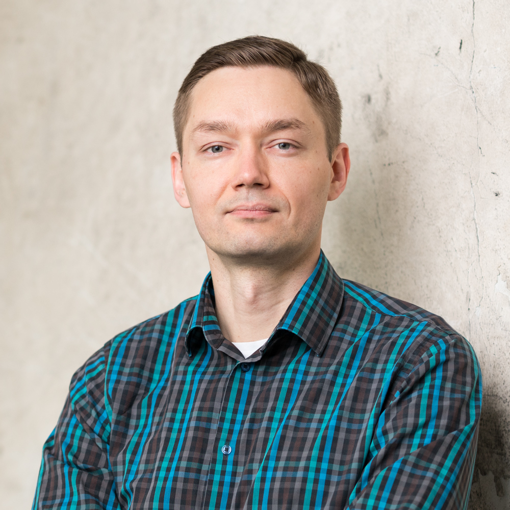 Kristo Kurtén - Software ArchitectKristo is business-oriented and particularly interested in cloud architecture, streaming data platforms, and data-driven business concepts. With his go-getter attitude he sets an example for the entire team.