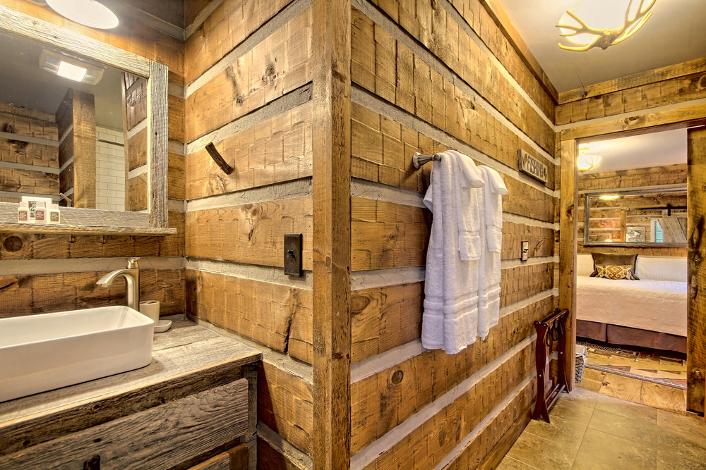Appalachian Bathroom & Room 1.jpg