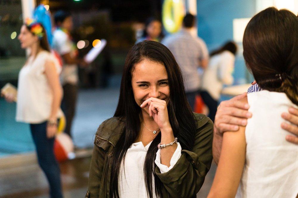 ACTIVIDADES SOCIALES - Creemos en las relaciones de amistad como una de las mayores formas de vivir a Cristo. Caminamos juntos, nos apoyamos y otros conocerán a Cristo por como nos amamos.