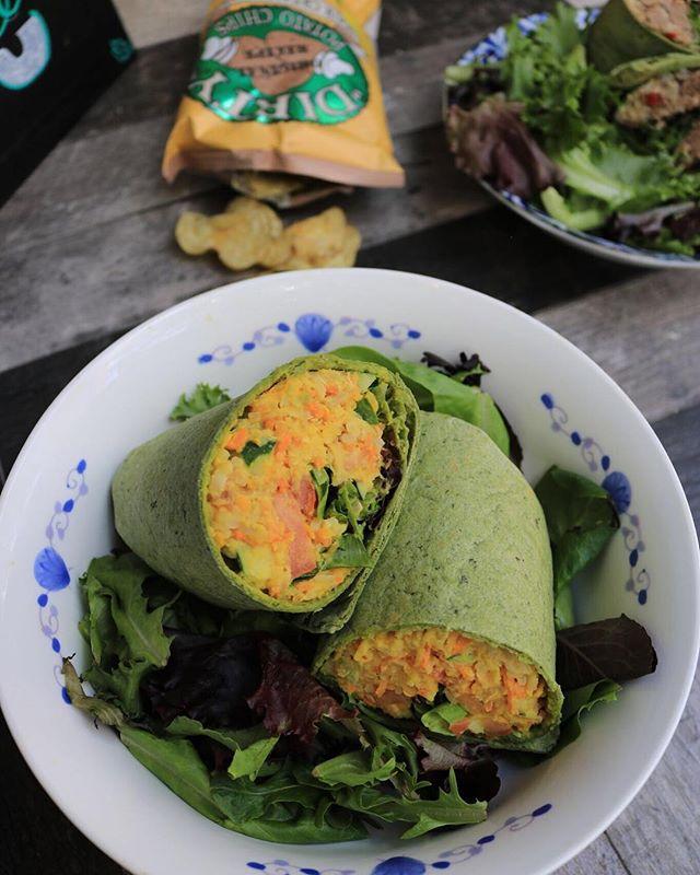 We've got your weekend fuel needs all wrapped up. • • • • • #eatlocalleaf #localleaf #eatlocal #becomealocal #saladsaresoyesterday #cleaneating #healthy #dailyfoodfeed #eatupnewyork #feedfeed #foodiesofinstagram #nycdining #foodiegram #instafood #realfood #f52grams #nyceats #nyceeeeeats #eastcoastfoodies #thedailybite #foodilysm #nycfood #foodporn #thrillist #forkyeah #eater #newforkcity