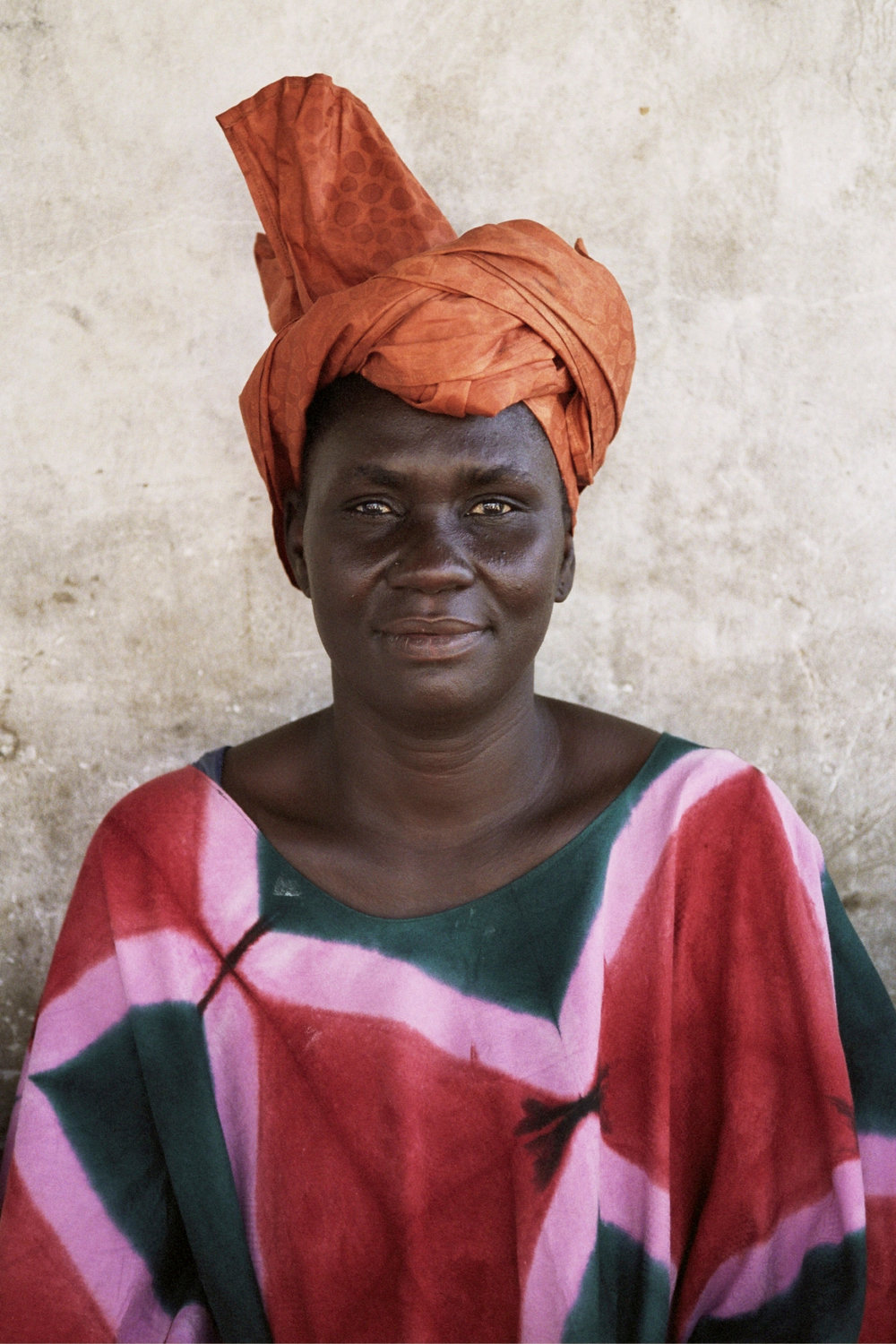 Senegal_lady_3.jpg