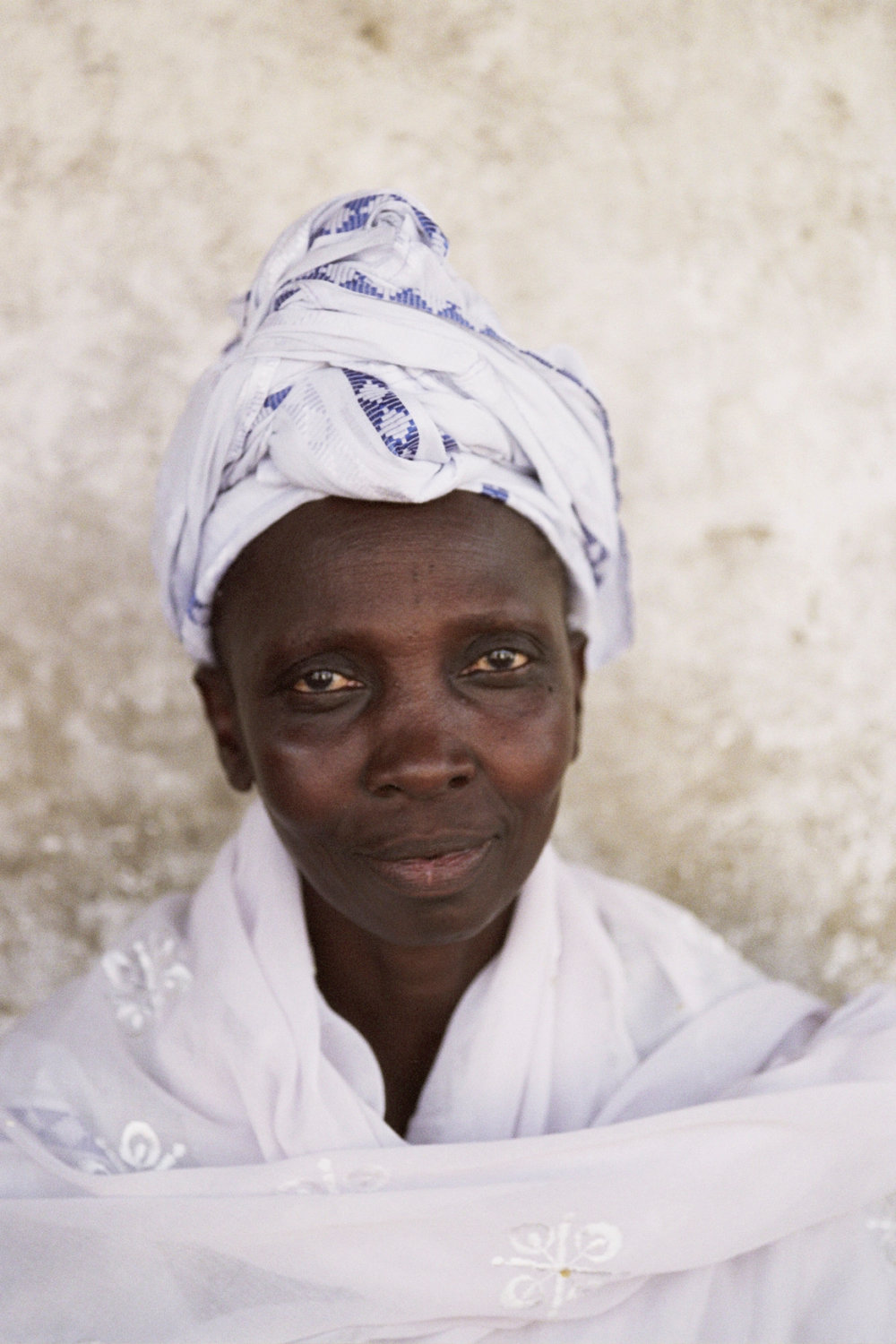 Senegal_lady_4.jpg