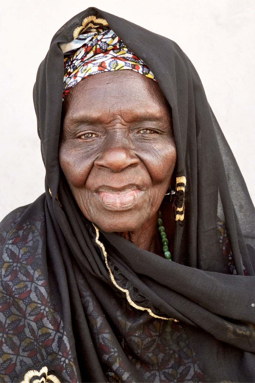 Senegal_lady_11.jpg