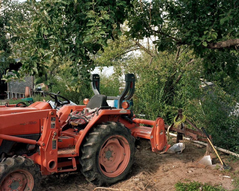 140 Tractor.jpg