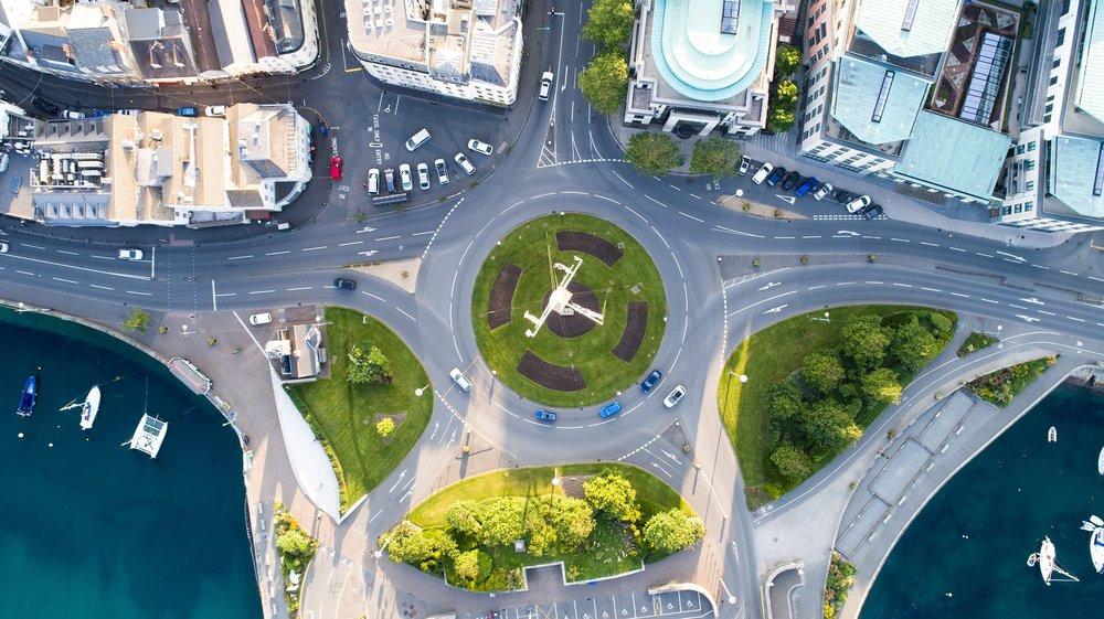 aerial-2564485_1920.jpg