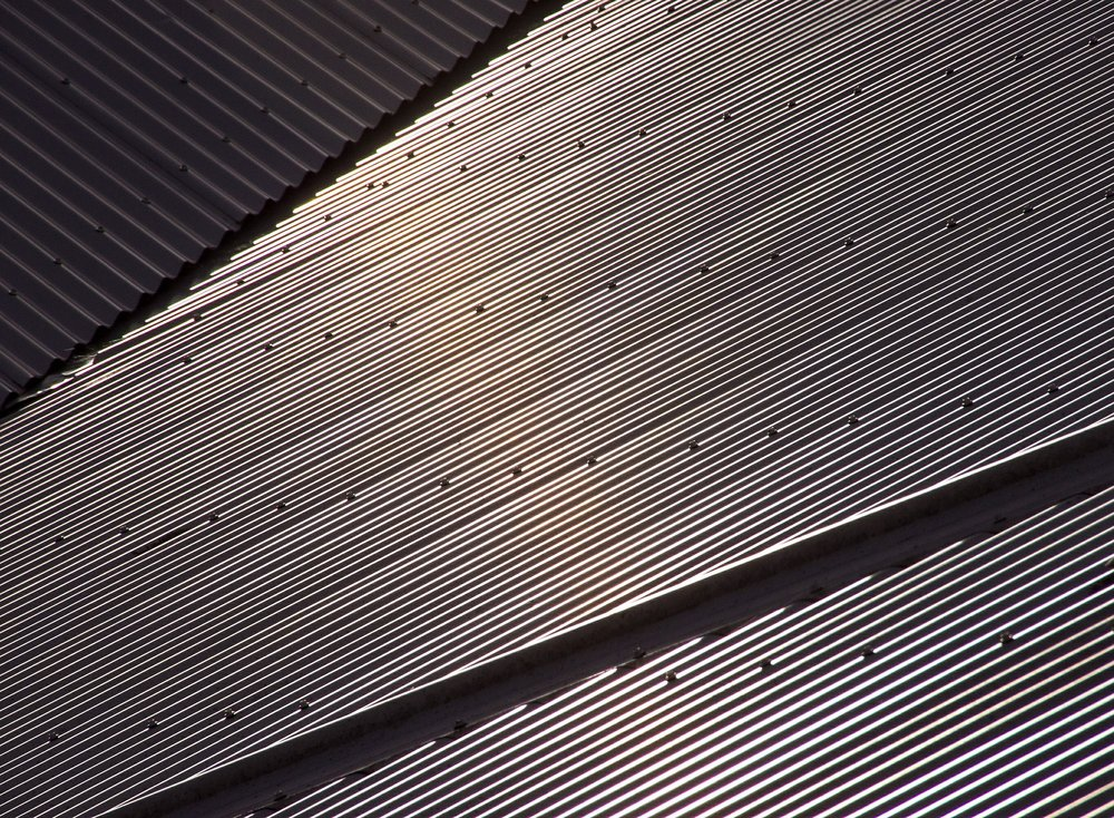 roof-434339_1920.jpg