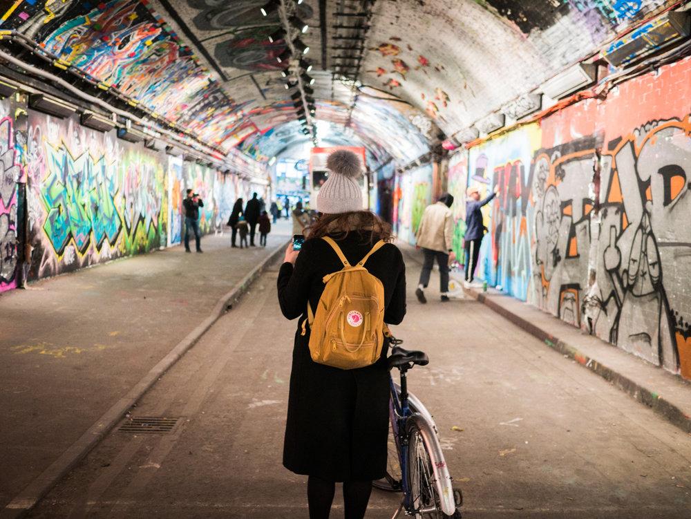 Bansky Tunnel 1.jpg