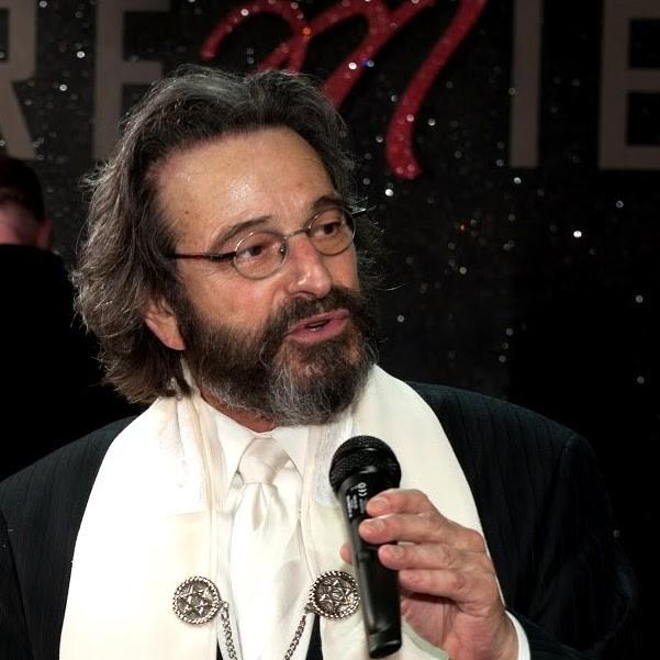 Rabbi Barry_Photo.jpg