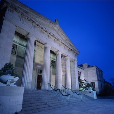 Main entrance to the art museum  Credit: https://travel.usnews.com/Cincinnati_OH/Things_To_Do/Cincinnati_Art_Museum_62945/