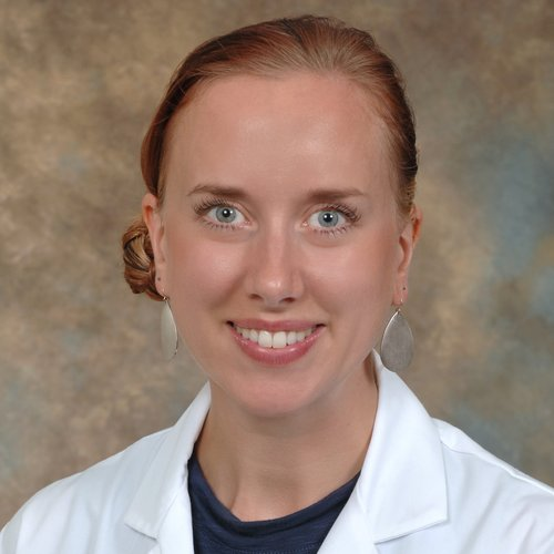 Elizabeth Beckman - Chief Resident - U of MN  Class of 2018  Elizabeth with continue to follow her passion for women's health and urban underserved medicine. She will be working in Denver, Colorado in a variety of clinical settings while also starting a collaborative care project… for scratch.